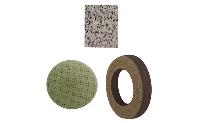 金刚石砂轮加工硬脆材料时的磨损机理分析